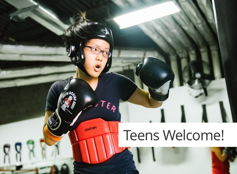 Teen girl training at Austin Boxing Babes